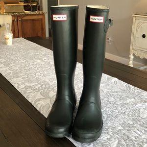 Hunter Womans Boots Deep Green size 7